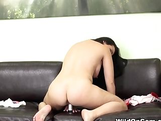 Holly West In Holly West Live - Wildoncam