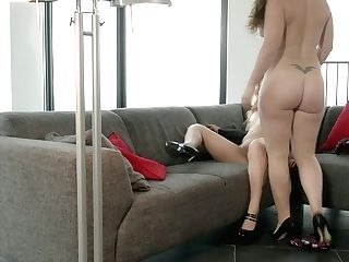 Graceful Girly-girl Leona Queen Is Diving In Yummy Cunt Of One Kinky Gf
