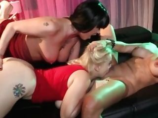 Nadia Milky Sapphic Threesome