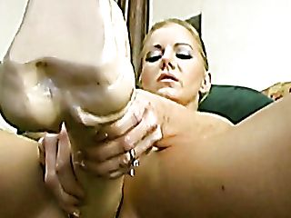 Sexually Aroused Blonde Hoe Amber Michaels Plays With A Gigantic Fuckfest Equipment