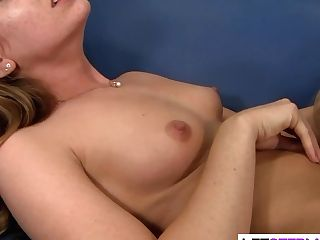 Horny Lezzie Mummy Seducing Sexy Nubile