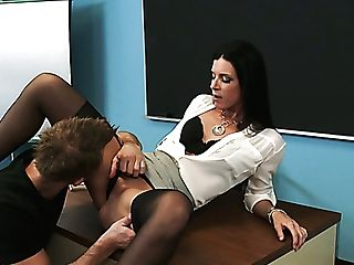 Stunning Brown-haired Professor India Summer Gets Her Cooch Ate By Bill Bailey